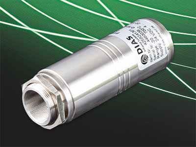 The new pyrometer PYROSPOT series 25 has a parameterization interface,